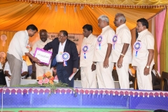 60TH ANNUAL DAY - 26.01.2017 - CHIEF GUEST INCOMETAX PRINCIPAL COMMISSIONER, Mr. V. MAHALINGAM, SELECTING THE LUCKEY WINNERS