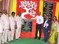 60TH ANNUAL DAY - 26.01.2017 - CHIEF GUEST INCOMETAX PRINCIPAL COMMISSIONER, Mr. V. MAHALINGAM, AND MANAGEMENT MEMBERS WITH DIAMOND JUBILEE SYMBOL