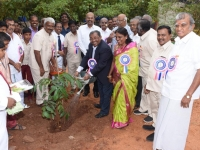 60TH ANNUAL DAY - 26.01.2017 - CHIEF GUEST Mr. V. MAHALINGAM, IRS., INCOME TAX PRINCIPAL COMMISSIONER, CHENNAI PLANTING THE SAPLING