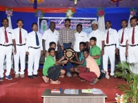 60th ANNUAL SPORTS DAY - CHIEF GUEST Mr. J. NAGARAJAN, INSPECTOR OF POLICE, SPECIAL BRANCH, MADURAI GIVING AWAY BEST IN SPORTS