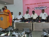 FREE CYCLE DISTRIBUTION FUNCTION - 118.01.2019 - CHIEF GUEST Mrs. M. KASTHURI, DEO, THIRUMANGALAM ADDRESSING THE GATHERING