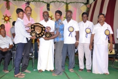 2-hostel-students-getting-prize-6