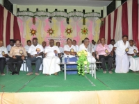 2-management-members-along-with-chief-guest-mr-solamon-pappaya-hostel-day-24-11-2013