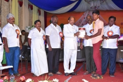 07.01.2016 – 59th Annual Day – State Level Boxing winner getting prize from the Chief Guest - Dr. M. Chokkalingam, Chief Justice, National Green Tribunal, Southern Regional.