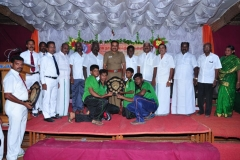 59 TH SPORTS DAY - 16.10.2015 PRIZE DISTRIBUTION FUNCTION - CHIEF GUEST MR. P. SUGUMAR, INSPECTOR OF POLICE, NAGAMALAI(H8) GIVIEN THE BEST IN SPORTS SHIELD