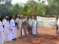 67th Republic Day – 26.01.2016 – Chief Guest - Assistant Commissioner of Police, Madurai - Dr. A. Manivannan, M.A., M.L., Ph.D., planting the sapling