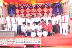 63RD ANNUAL SPORTS DAY - 07.12.2019 - CHIEF GUEST DIPE Mr. P. SENKATHIR WITH OVERALL WINNER