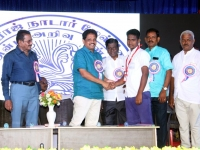 63RD ANNUAL DAY 10.01.2020 CHIEF GUEST GIVING PRIZES TO TOPPERS